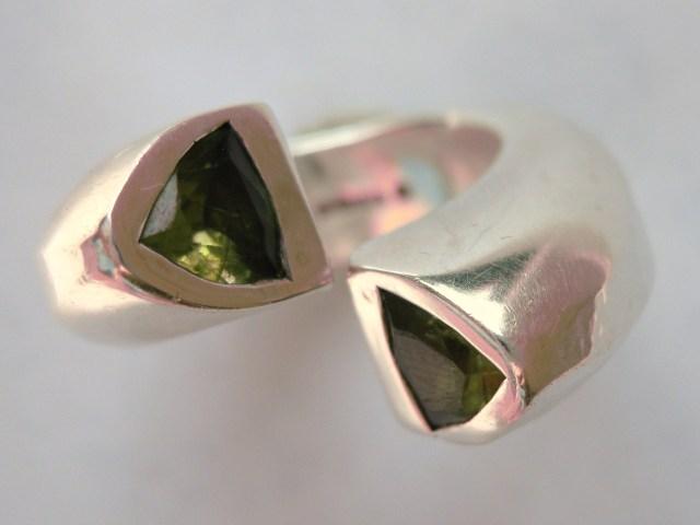 chunky silver ring SASKIA SHUTT
