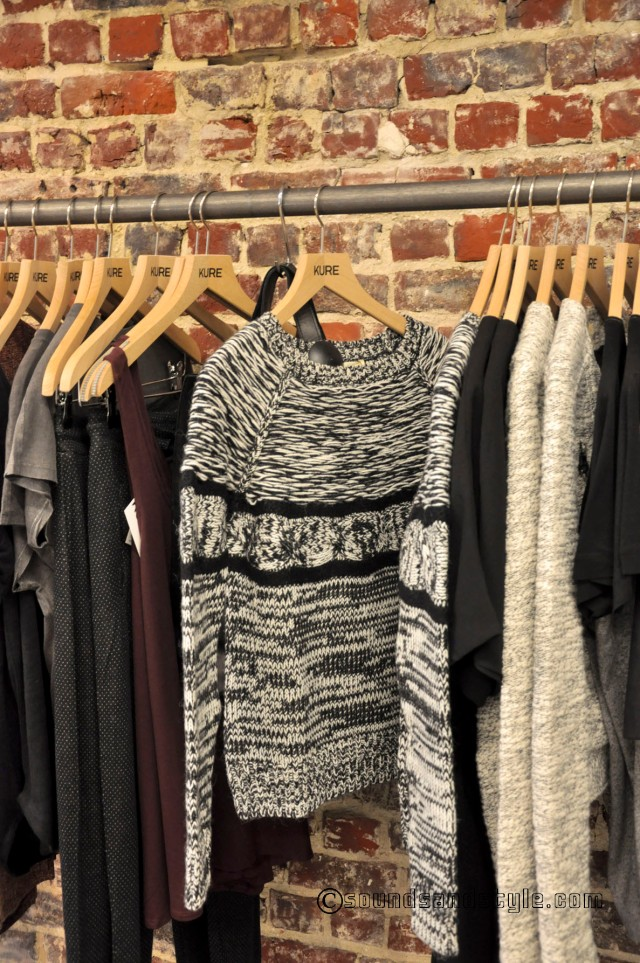 Mix of grey & black big wool by ATHE/Vanessa Bruno. I just love it!