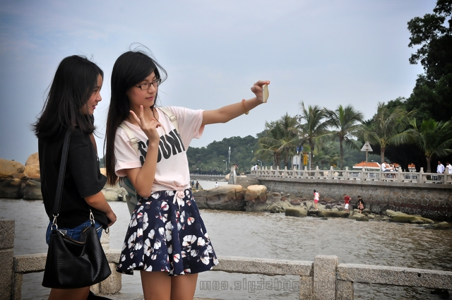 Selfie girls in Zhuhai